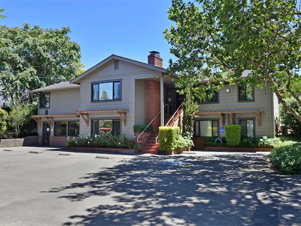 824 Healdsburg Ave, Healdsburg   Sonoma Realty Group